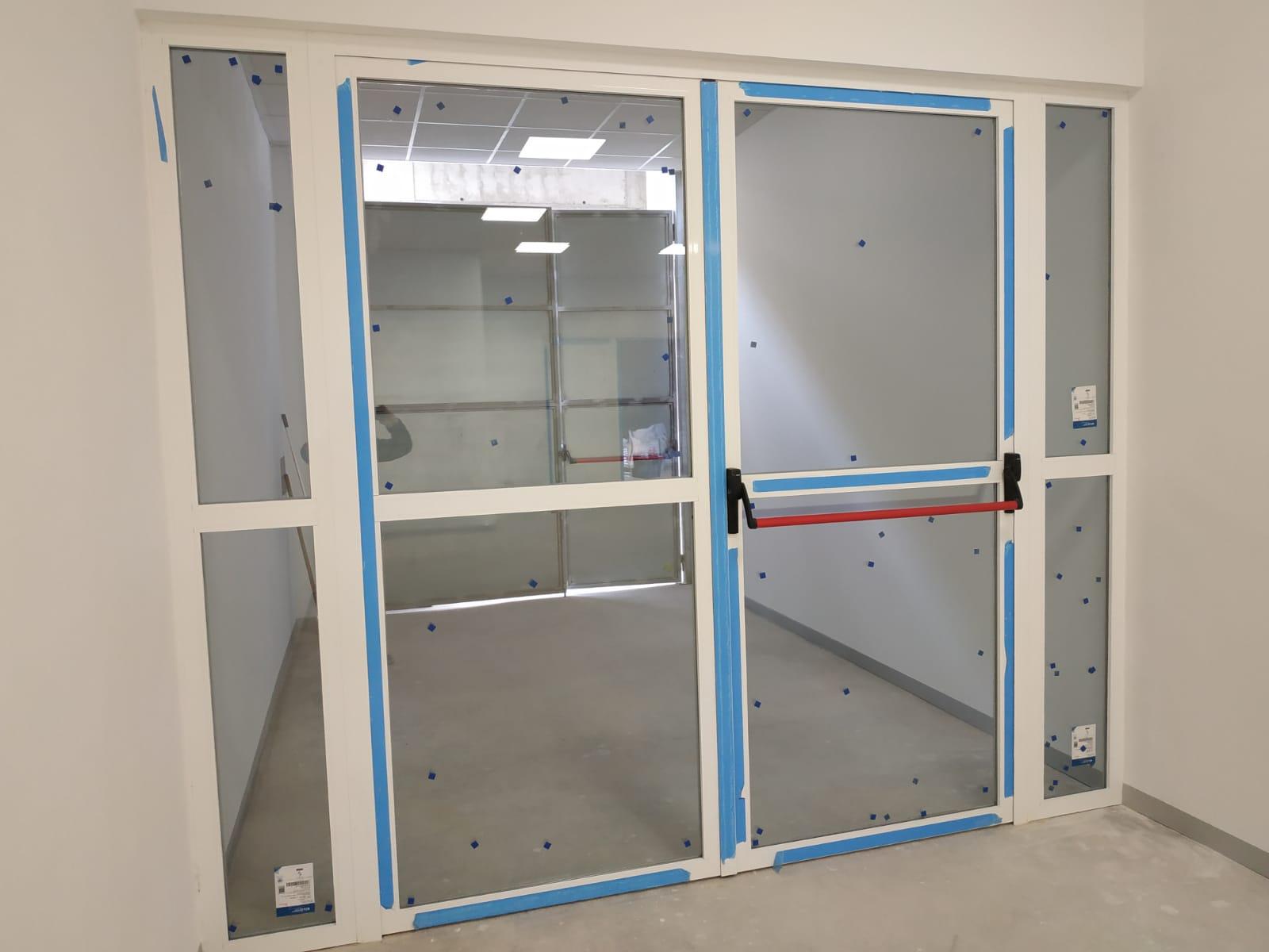 Puertas realizadas por finestral